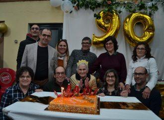Celebra 90 anos com família e amigos