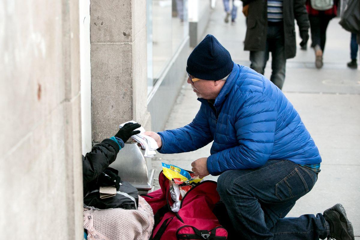 GRC Telhadela volta a ajudar pessoas sem-abrigo