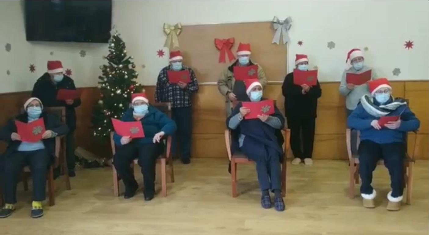 Seniores realizam festa de Natal através da Internet