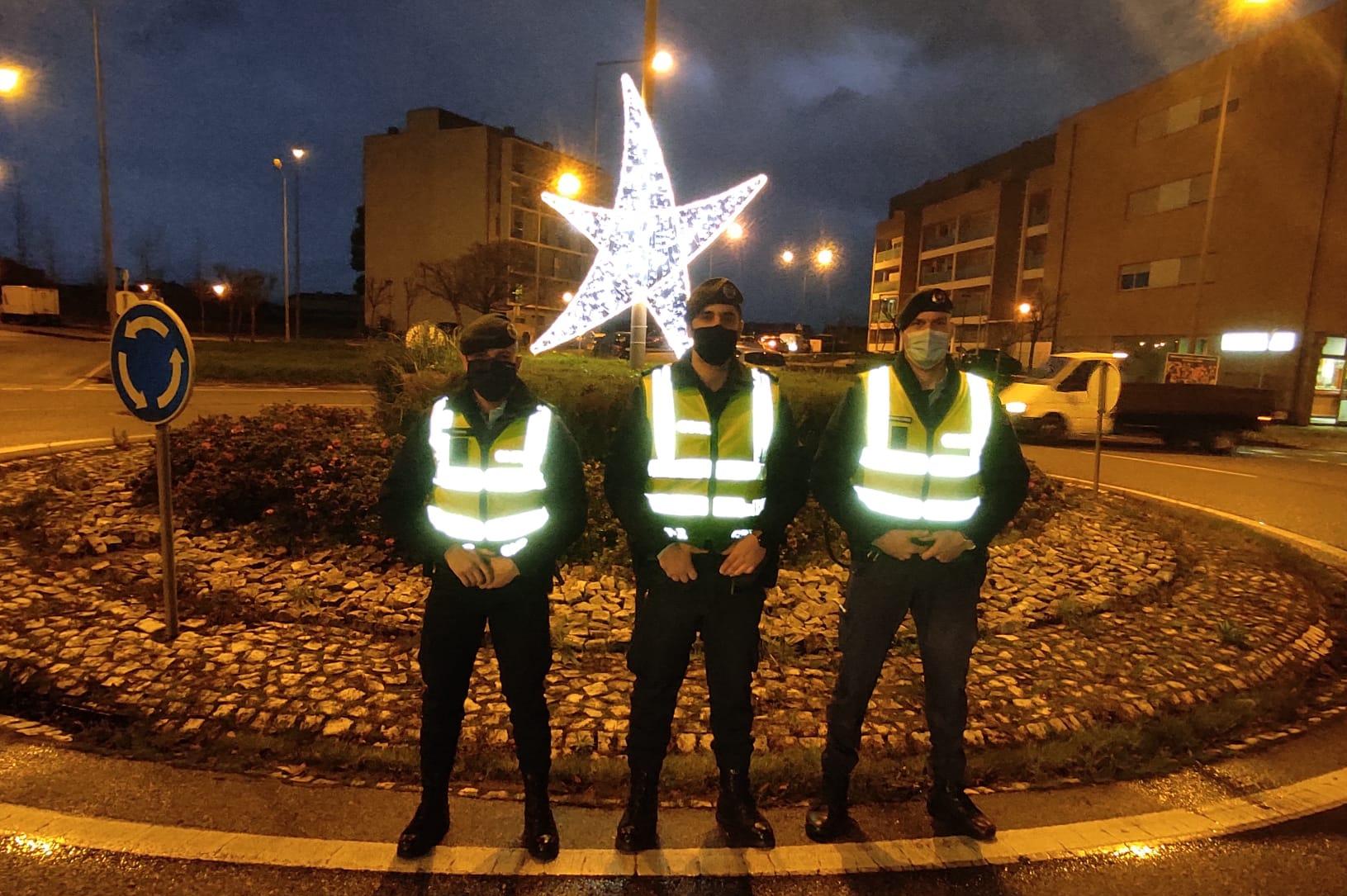 Bombeiros e GNR ao serviço da população em noite de Ano Novo