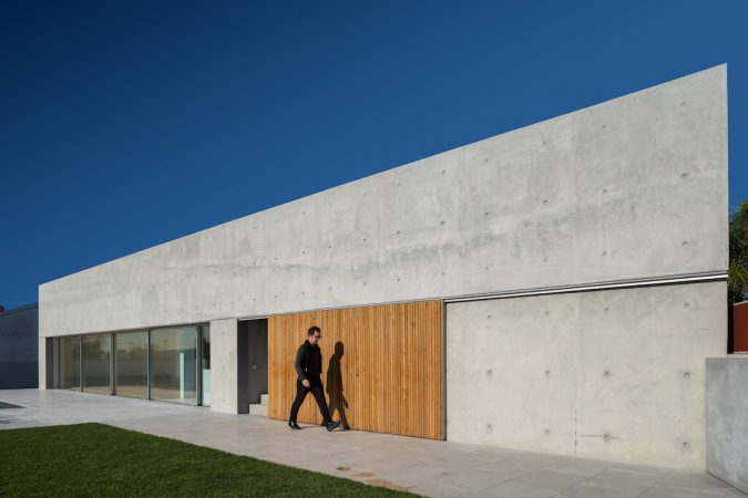 Casa Em Avanca, projeto Nu.ma. Fotografia: Ivo Tavares