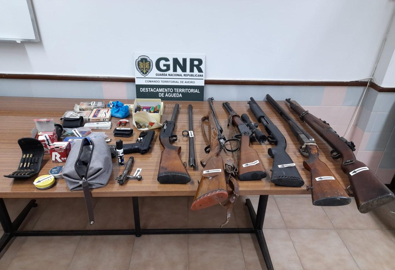 Detido por posse de armas proibidas em Ribeira de Fráguas