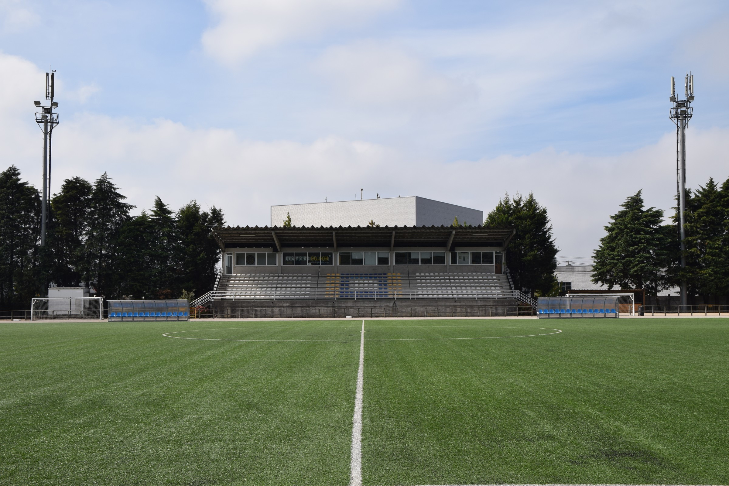 Autarquia investe 60 mil euros em iluminação de estádios municipais