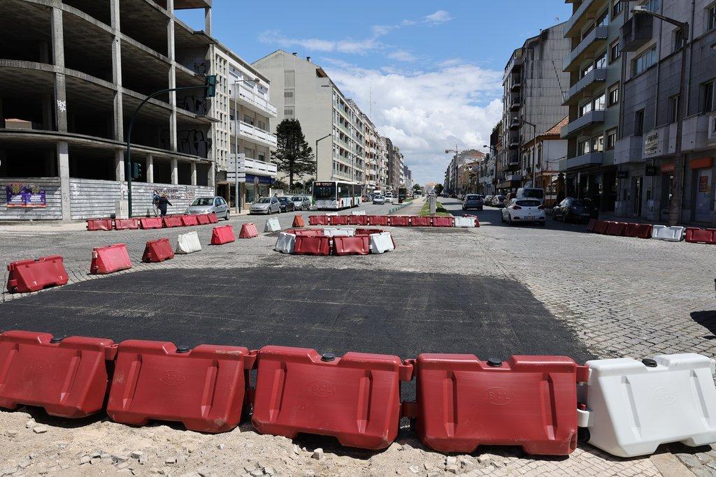 Avenida Lourenço Peixinho: Trânsito regressa na zona Avenida-Praça